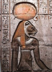 Sekhmet-Sculpture-On-Wall-tb518