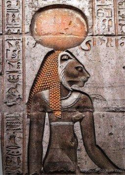 Sekhmet-Sculpture-On-Wall-tb518