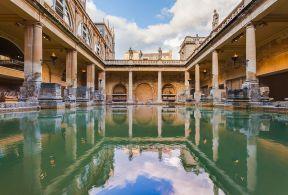 Baños_Romanos,_Bath,_Inglaterra,_2014-08-12,_DD_39-41_HDR