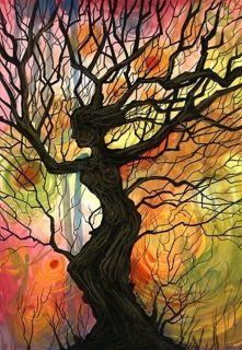 Silhueta de uma mulher formada por uma árvore e seus galhos